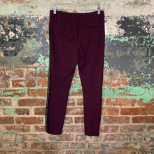 Load image into Gallery viewer, Old Navy Purple Pixie Pants size 0