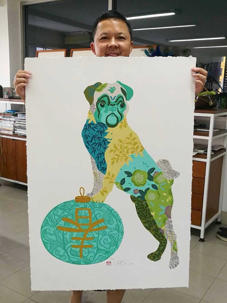 To celebrate 2018 Year of the Dog, Chris collaborated with the studio of JojoKOBE Gallery in Chiang Mai  to create a special silkscreen print featuring 20 colours.