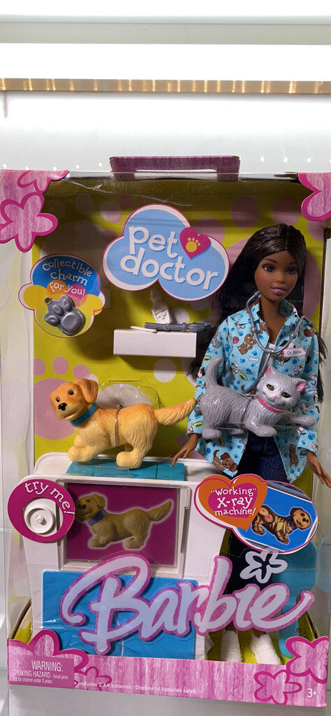 Mattel - Barbie - Pet Doctor - African American - 2004 - Doll No. G8816