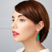 Load image into Gallery viewer, Emocion Earring - Green