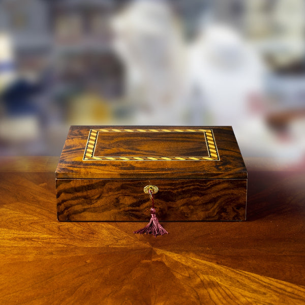 Walnut Jewelry Box with Twisted Pattern Inlaid design