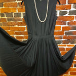 Load image into Gallery viewer, 1960s Vintage Sleeveless Dress with Pleated Circle Skirt