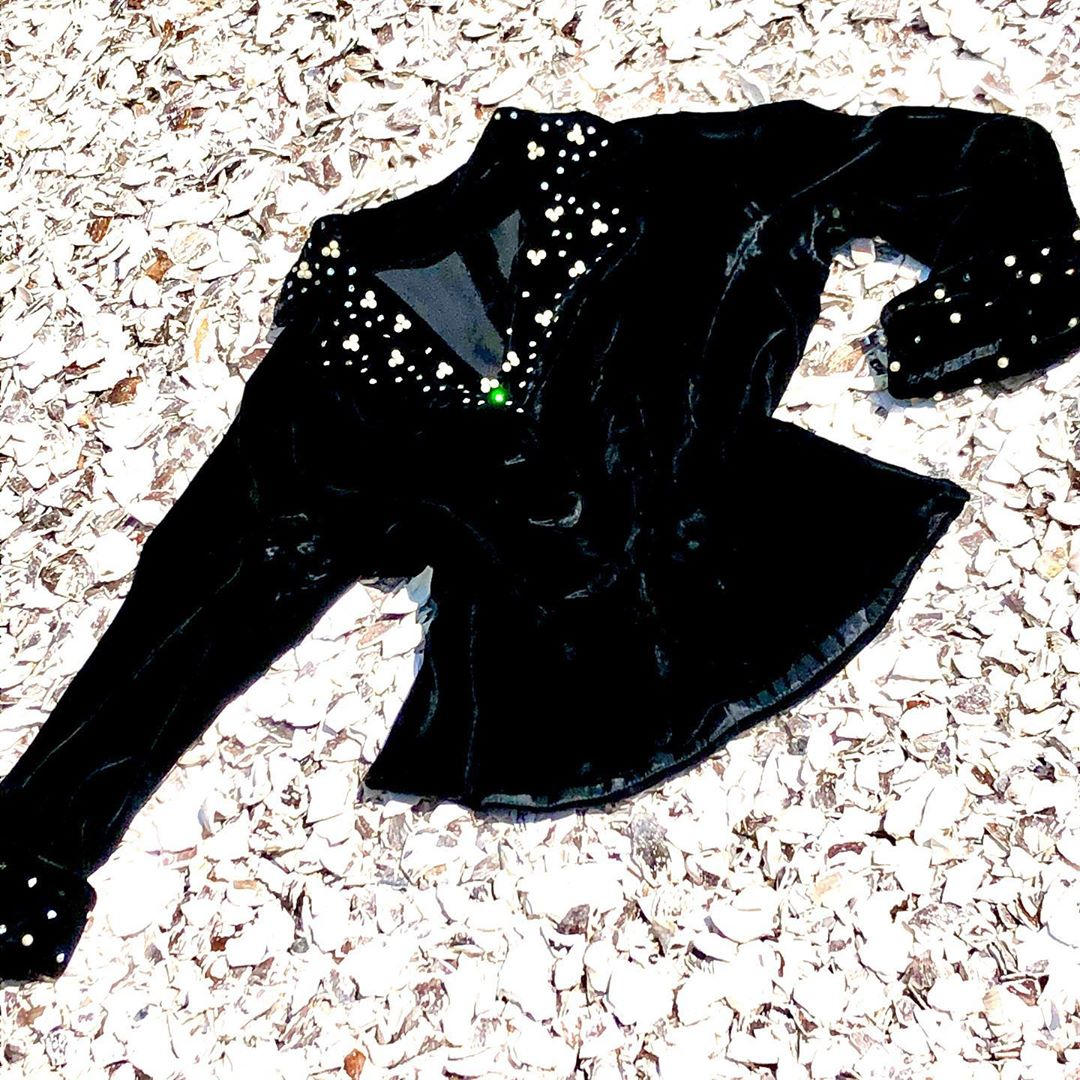 1940s Vintage Black Velvet Jacket Embellished with Handset Rhinestones and Faux Pearls