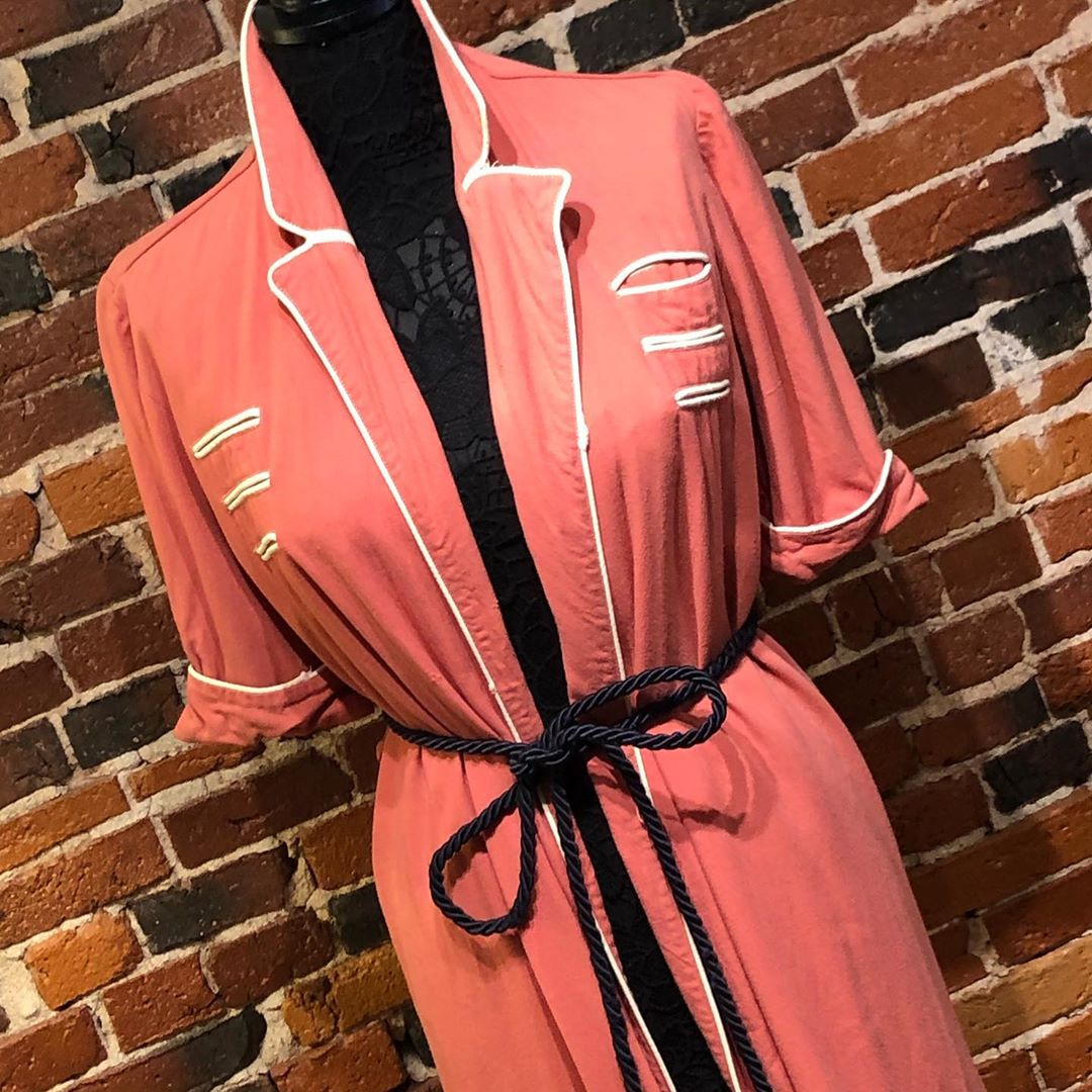 1940s Vintage Pink Peach Fine Wool Dress/Dressing Gown