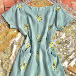 Load image into Gallery viewer, 1940s Vintage Linen Embroidered Sage Green Midi Dress