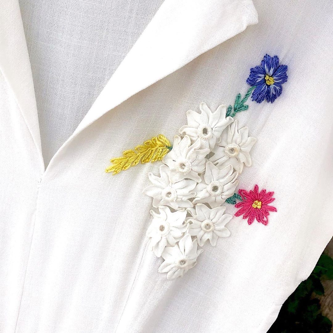 1940s Vintage White Linen Dress with Floral Appliqué