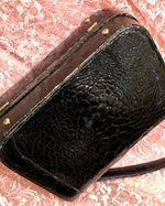 Load image into Gallery viewer, 1950s Genuine Alligator Black Handbag