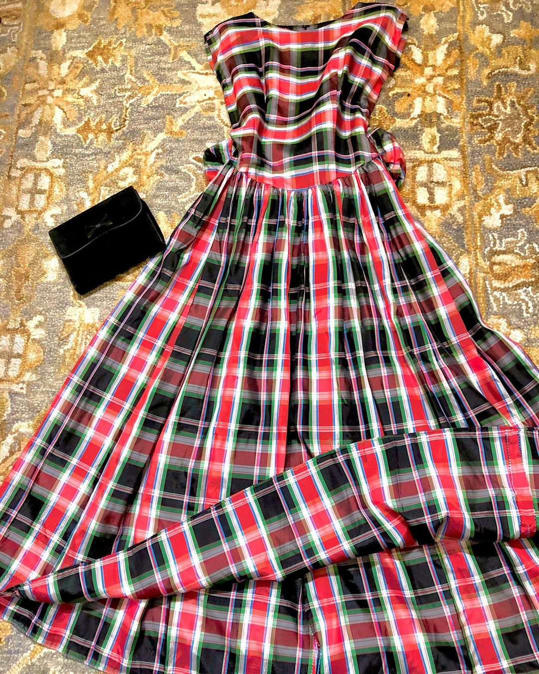 1940s Plaid Taffeta Dress/Gown with a Bow