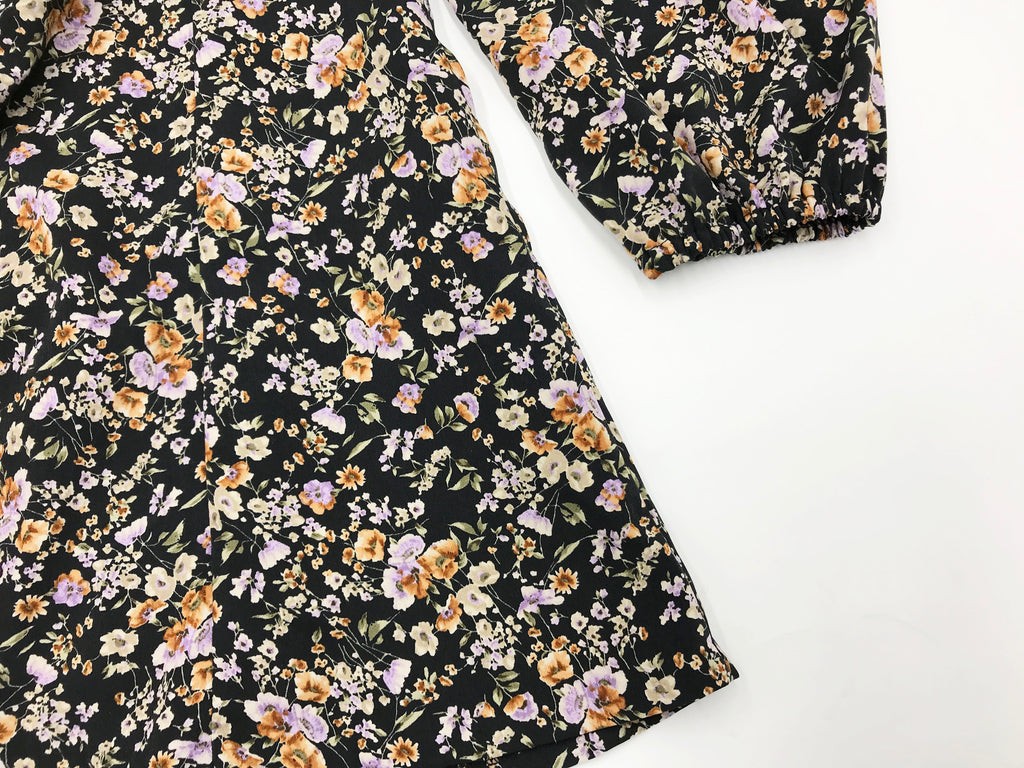 four season lace-up floral ops