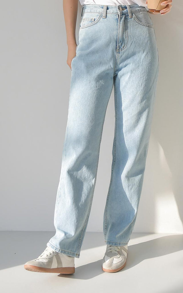 will be find 303 jeans