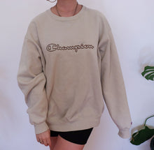 Load image into Gallery viewer, oversized crew neck sweatshirt