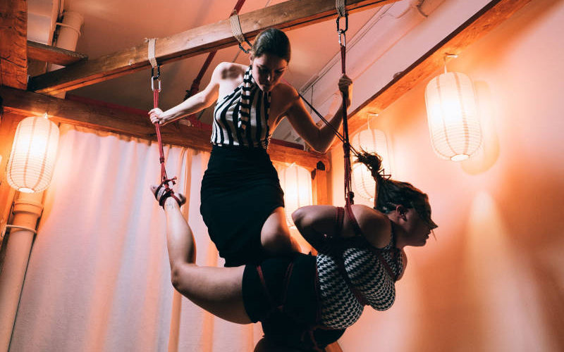 Mlle Kate performing at Soiree Shibari