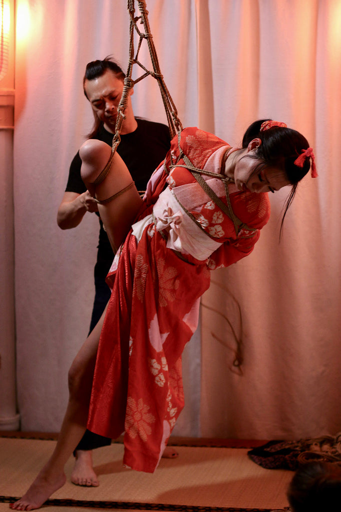 Nawashi Kanna and Kagura during Soirée Shibari, Photo by Noore