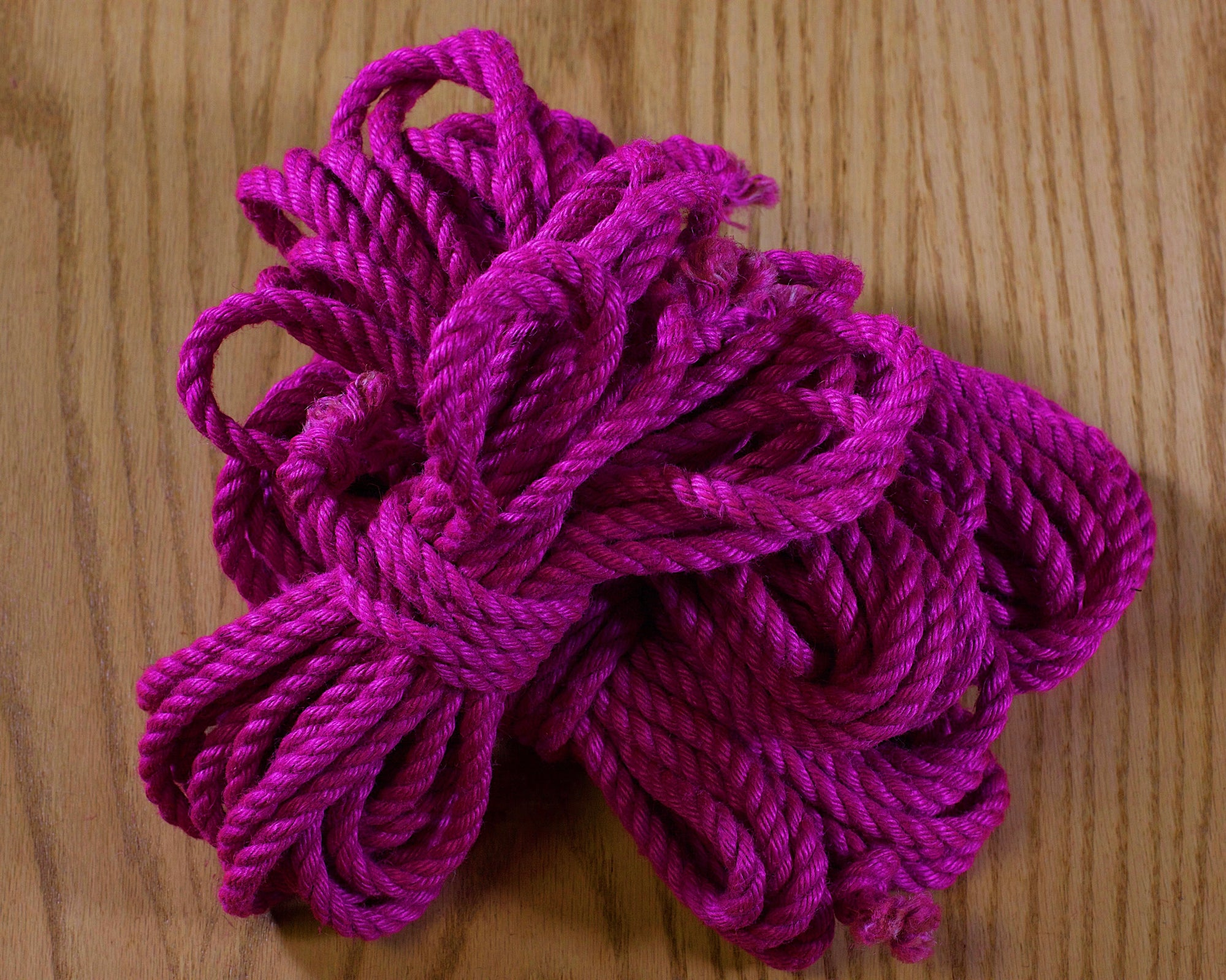 Ogawa Jute Rope, Treated (4 Ropes) - Pink
