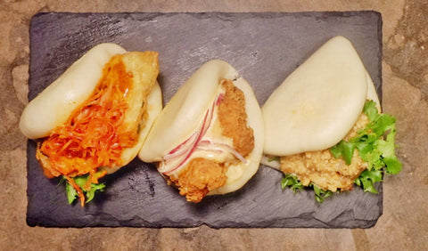 28 Gao Bao Combo: 1 pc with fried chicken, 1 pc with pork, 1 pc with Zuchini (3 pcs.)