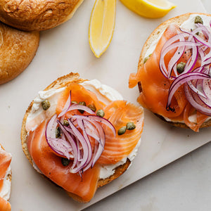 Smoked Salmon, Crème Fraiche (VG) , Raw red Onion, Capers, Squeeze of Lemon, Cracked Pepper served in a Rosemary and Sea Salt Focaccia