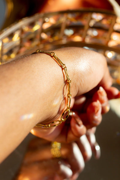 Hollow Signature Chain Bracelet - E's Element by Emmanuela Okon