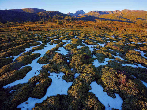 Cradle Mountain by Rob Blakers
