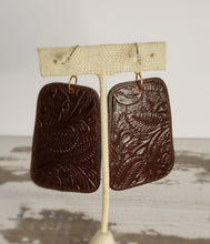 Load image into Gallery viewer, Brown and gold wool earrings