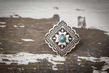 Load image into Gallery viewer, Silver Concho Stone Ring