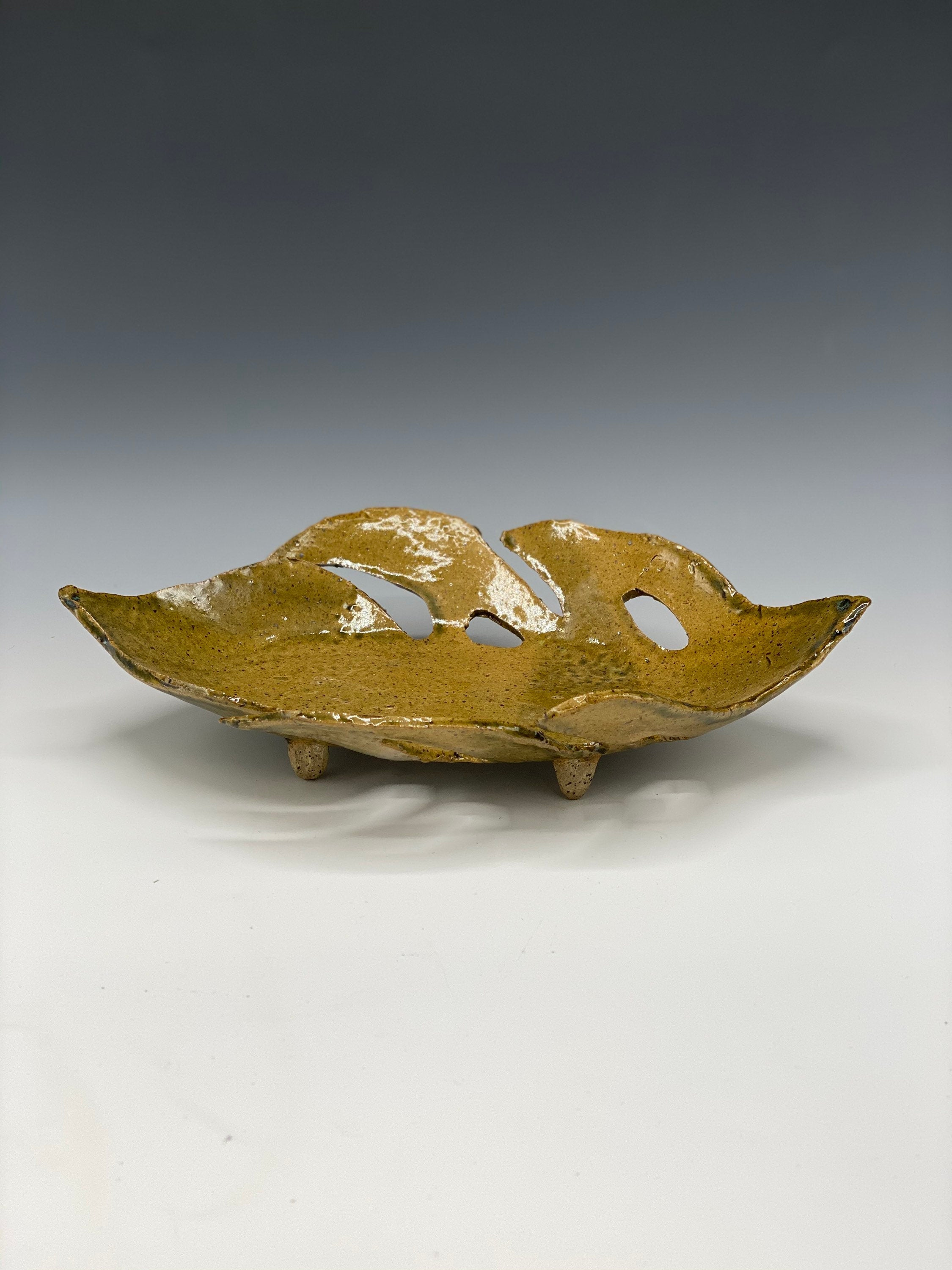 Ceramic Leaf Tray
