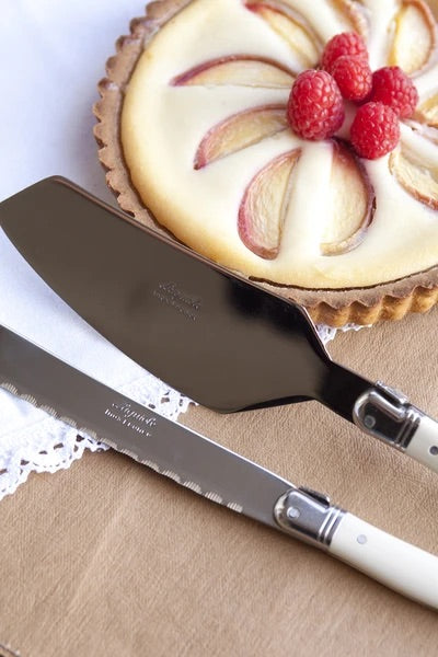 Laguiole Ivory Cake Set in Wood Box (Cake Slicer and Bread Knife)