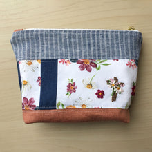 Load image into Gallery viewer, Quilted Zipper Pouch - 5
