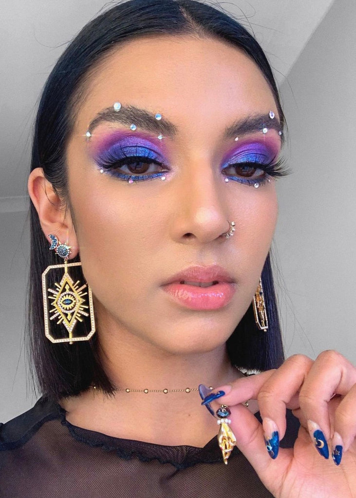 Halloween 2020 makeup ideas inspired by Euphoria, Avatar, & more