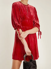 Load image into Gallery viewer, Women'S Red Retro Velvet Pleated Long Sleeve Dress