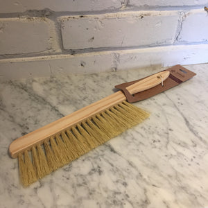 Sayula Dusting Brush