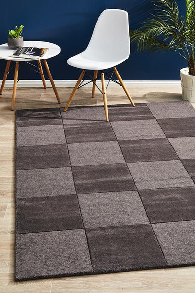 Timeless Boxed Pattern Wool Rug Pewter