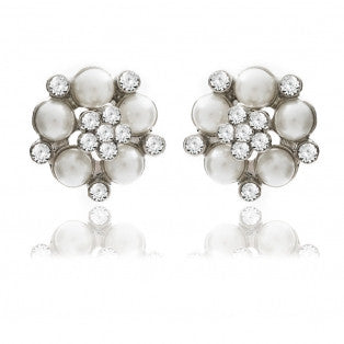 Audrey Pearl Studs in Cream