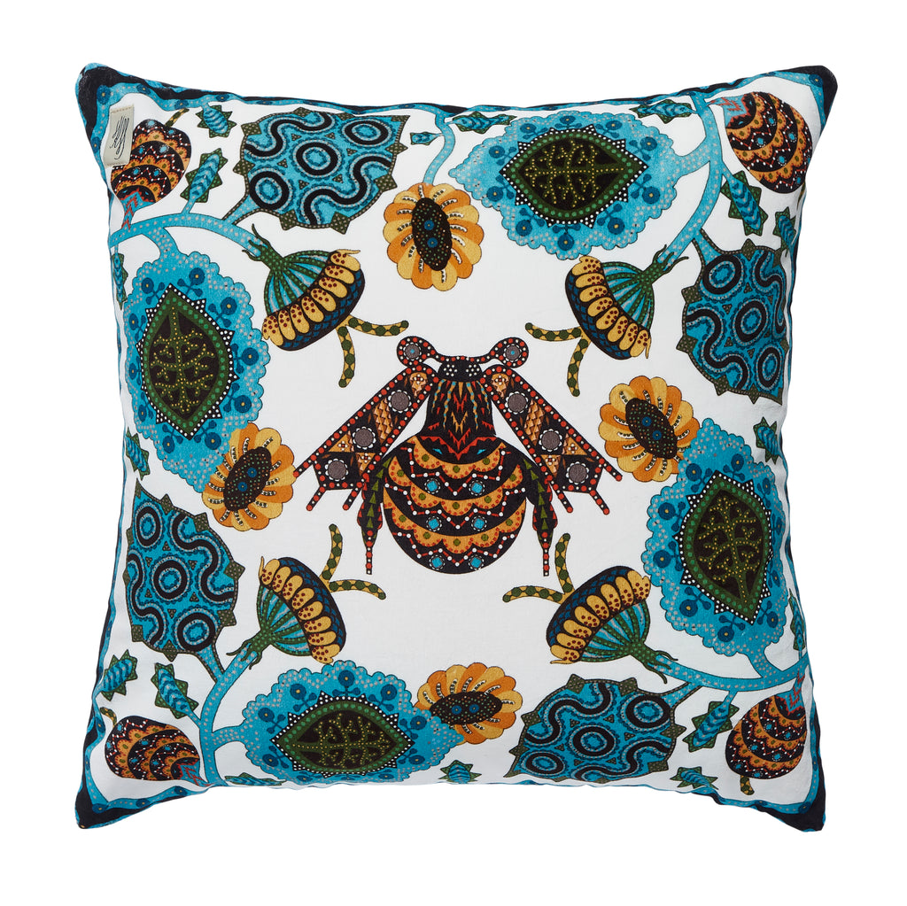 Flower Bee velvet cushion