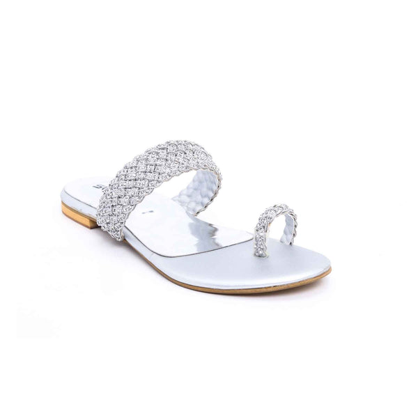 Buy Silver Color Fancy Chappal FN0145 at Shapago