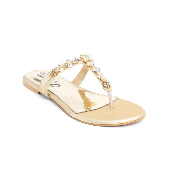 Buy Golden Color Fancy Chappal FN0164 at Shapago