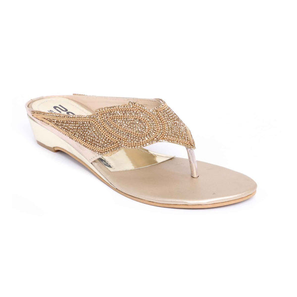 Buy Golden Color Fancy Chappal FN0196 at Shapago