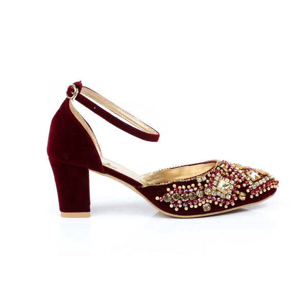 Stylo-Maroon Color Winter Court Shoes WN7117
