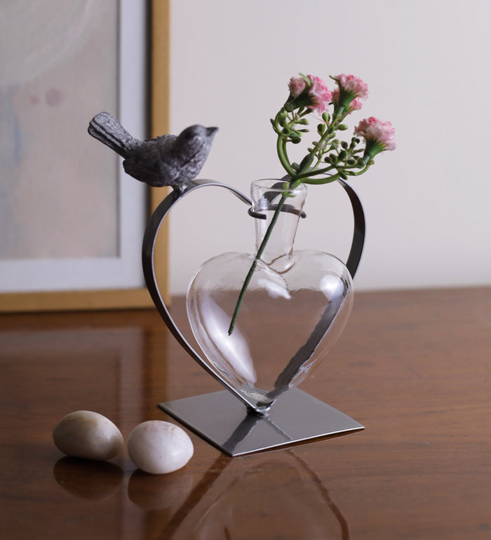 Heart and bird home decor