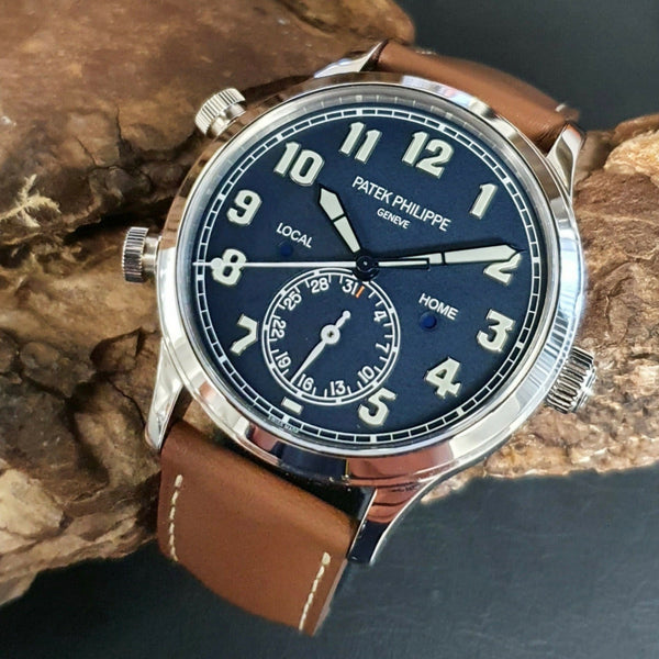 Patek Philippe Calatrava Pilot Travel Time ref. 5524G oro bianco
