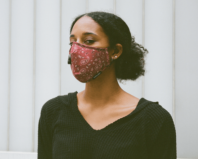 Everything You Need to Know About Wearing Face Masks While Traveling