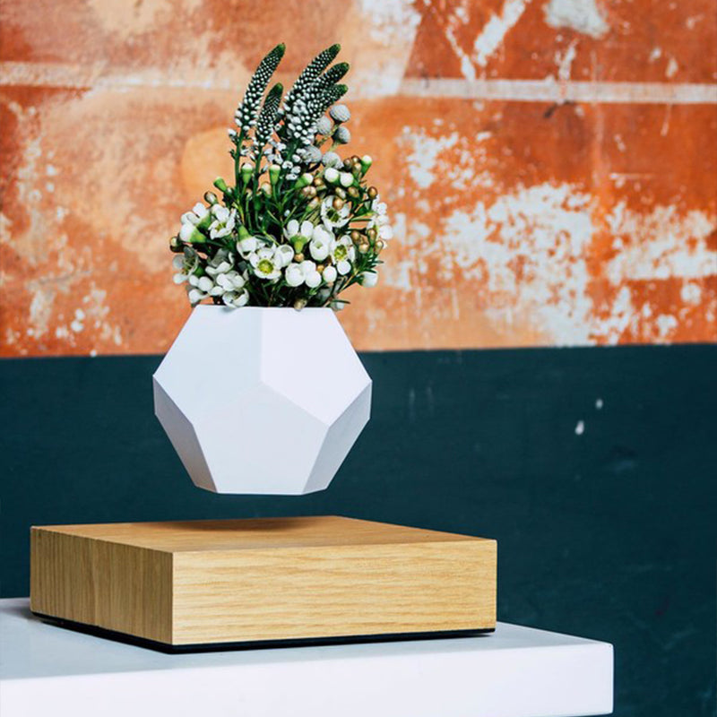 FLYTE LYFE Planter - Oak