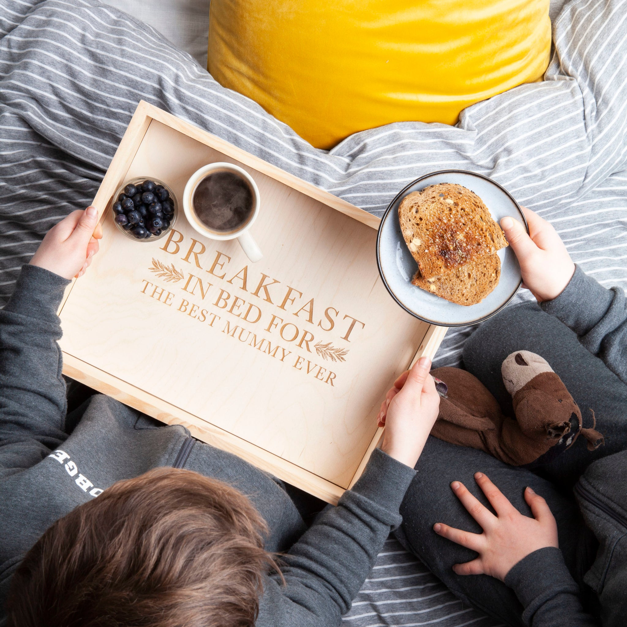Bespoke_&_Oak Perosnliased Breakfast Tray