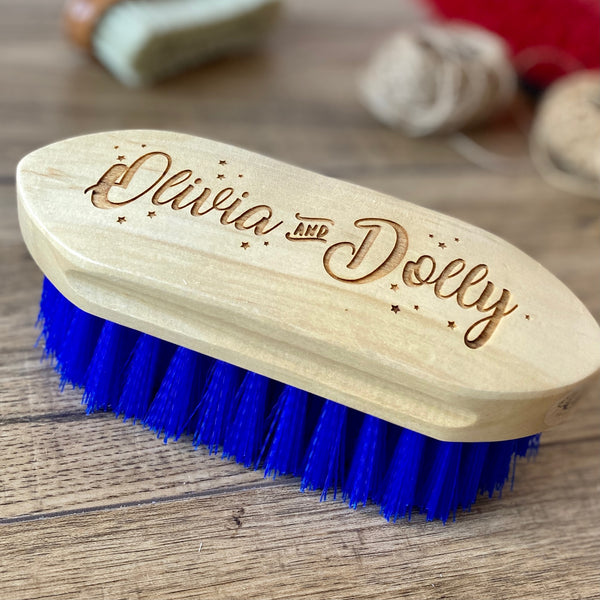 PERSONALISED NAMES AND STARS DANDY BRUSH