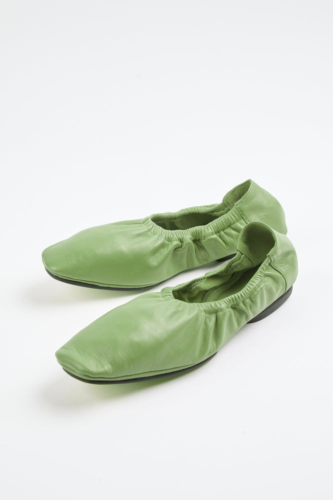 ballerina, ballerina flats, elasticated trims, Everyday Essentials, flat shoes, flexible, genuine leather, grass green, green, green flats, lambskin, lambskin flats, lambskin leather, leather, leather flats, lime green, little heel, Mari Giudicelle, Mari Giudicelli, New Arrivals, Shoe, Shoes, slight heel, Spring Separates, travel shoes, verde, verde green