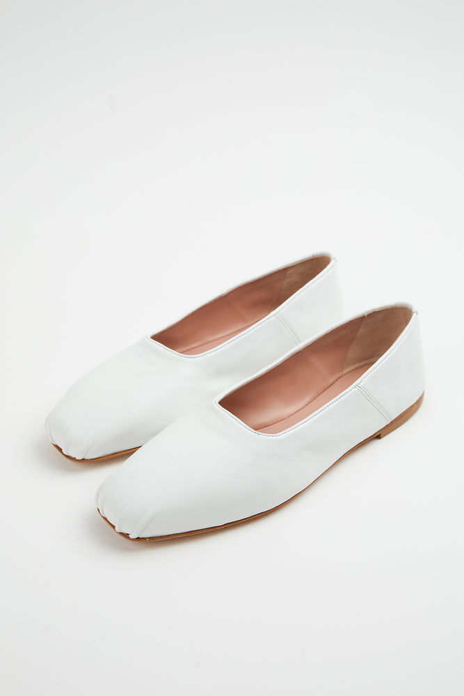 ballerina, ballerina flat, ballerina flats, ballet flats, flat shoes, flats, Gia Borghini, Gia Couture, leather, leather ballerina flats, New Arrivals, Shoes, Spring Separates, square toe flats, travel shoes, white, white ballet flats, white shoes