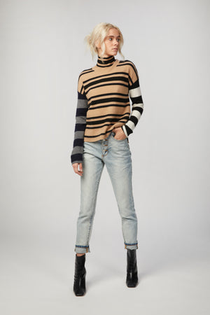 Load image into Gallery viewer, NAADAM - HI-LO TURTLENECK PULLOVER