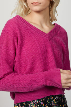 Load image into Gallery viewer, CABLE KNIT V-NECK SWEATER