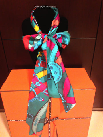 BRAND NEW Hermes Maxi Twilly with Box and Ribbon Packing