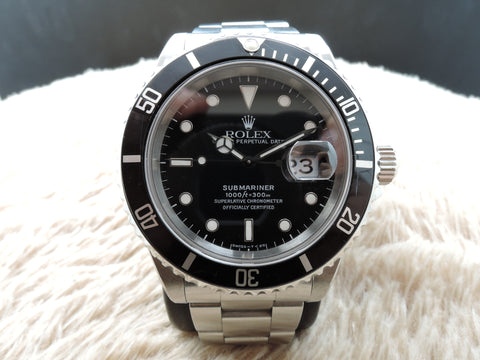 1997 Rolex SUBMARINER 16610 (T25) Black Dial with Black Bezel