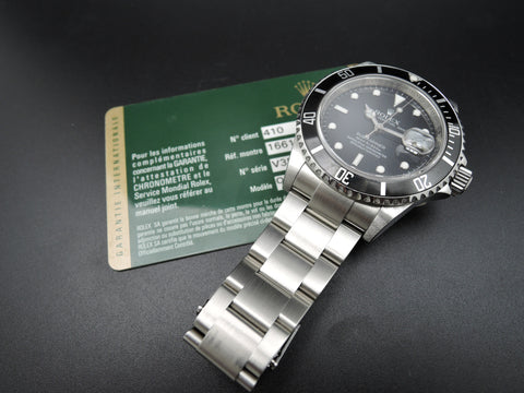 2010 Rolex SUBMARINER 16610 (No Hole Case) with Warranty Card